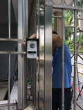深圳福田安装门禁行业 自动玻璃门加装门禁 弱电系统工程
