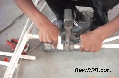太原专业安装水龙头水管.净水器地漏安装.换角阀软管