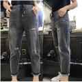 牛仔裤厂家在哪里有低至1至5元韩版牛仔裤批发