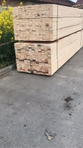 信阳建筑方木低价批发