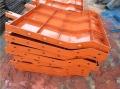 混凝土防撞护栏钢模板安装与拆卸
