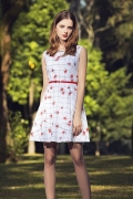 国际一二线女装品牌折扣货源大量批发