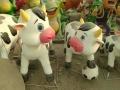 玻璃钢雕塑动画卡通动物奶牛雕塑儿童向