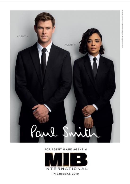 Paul Smith联名黑衣人亮相《全球追缉》 设计师亲自出演彩蛋