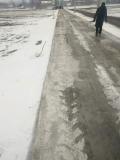 水泥路面起沙不修补会怎么样?水泥路面起沙怎么办?